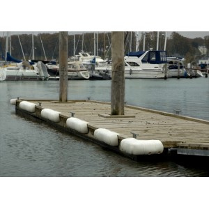 Défense de ponton multi-usage